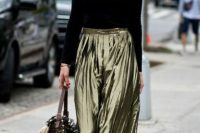 Everyday look with black shirt, metallic skirt and flats