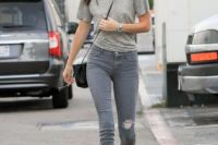 Grey color look with baseball cap
