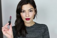 How To Wear A Bold Lip Color 3
