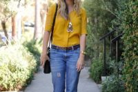 Look with low-slung jeans and colorful blouse