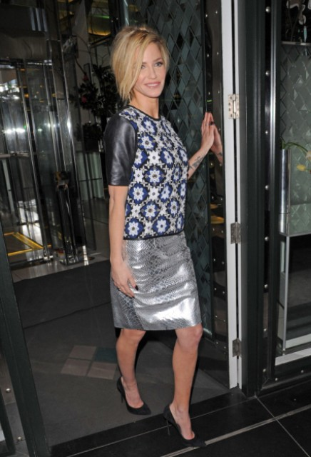 Metallic skirt with printed shirt