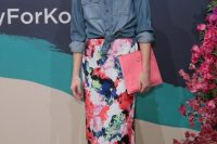 Printed Pencil Skirt With A Jean Shirt