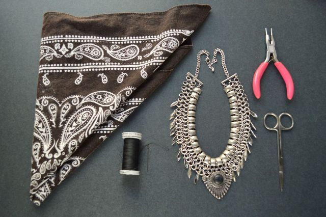 Stunning DIY Bandanna Metal Necklace