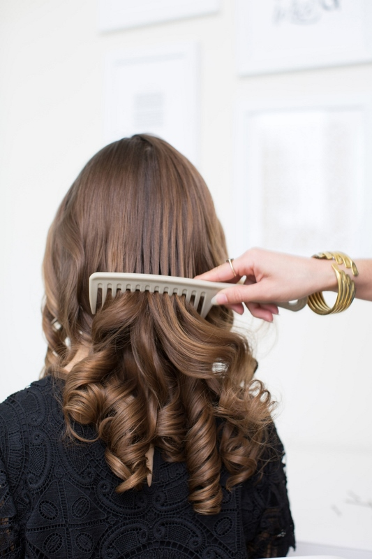How To Get Hollywood Waves Hairstyle