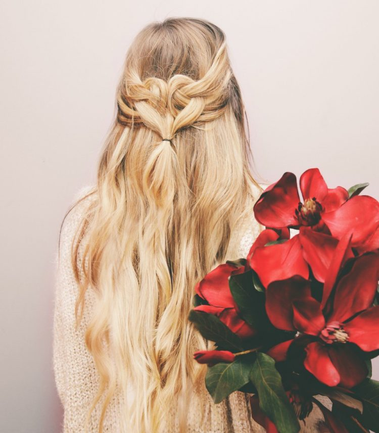 Romantic DIY Heart Shaped Half-Up Hairdo To Try