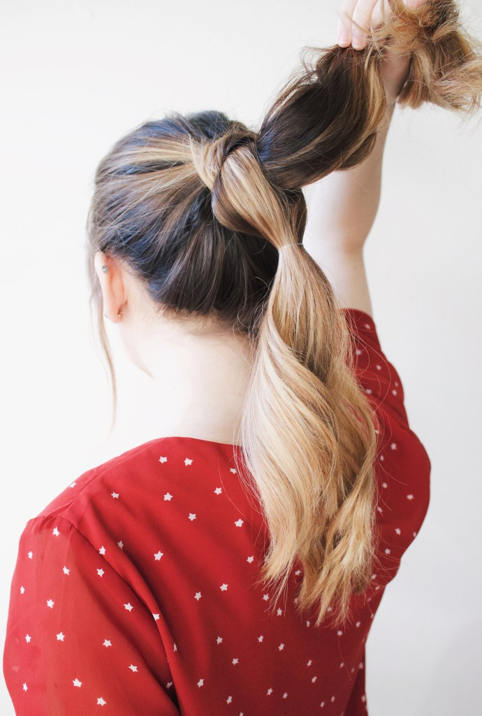 Stylish And Easy DIY Pull Through Braid step 3