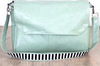 stylish-and-very-comfy-diy-messenger-bag-4