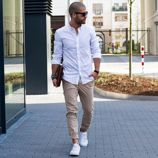 white sneakers and no socks