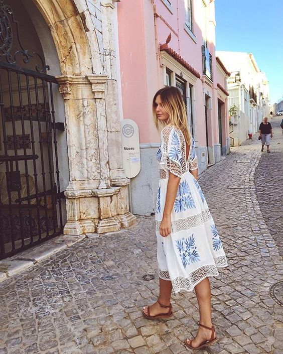 loose-fitting summer dress