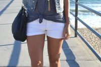 07 white shorts, a white top, a grey top and a denim vest