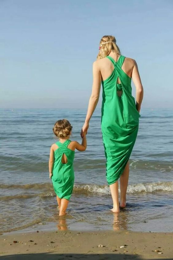 green back cross dresses for a mom and a daughter
