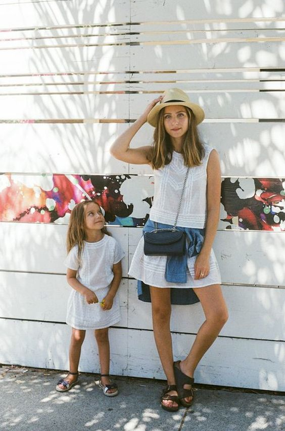 22 Cute Matching Mother And Daughter Outfits For Summer