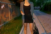 14 simple black dress, a loose jacket and white sneakers