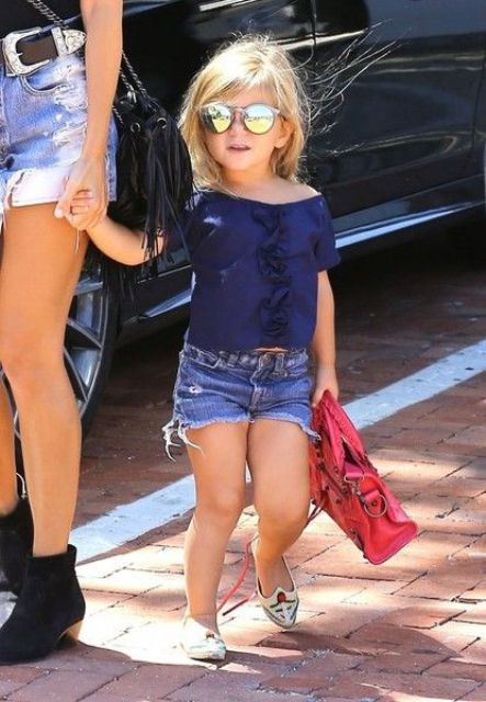 denim shorts, flats and a navy top