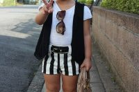 21 monochromatic outfit with shorts and a black vest