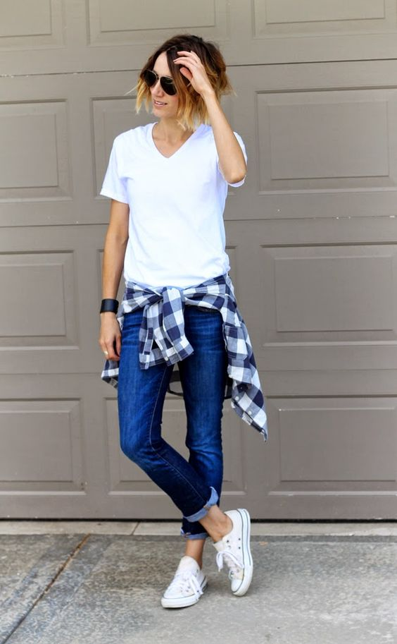 jeans, a white tee and white sneakers