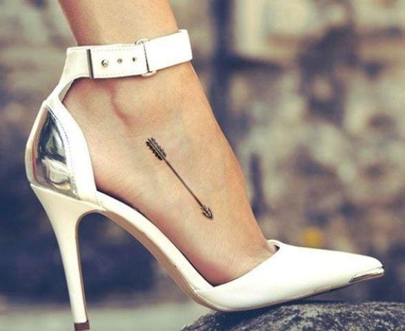 small arrow foot tattoo