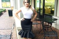 Black and white look with trumpet skirt