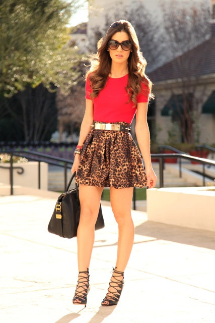 Eye-catching look with leopard printed skater skirt and lace up heels