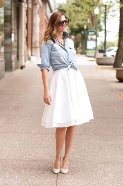 Look with denim shirt and white A-line skirt