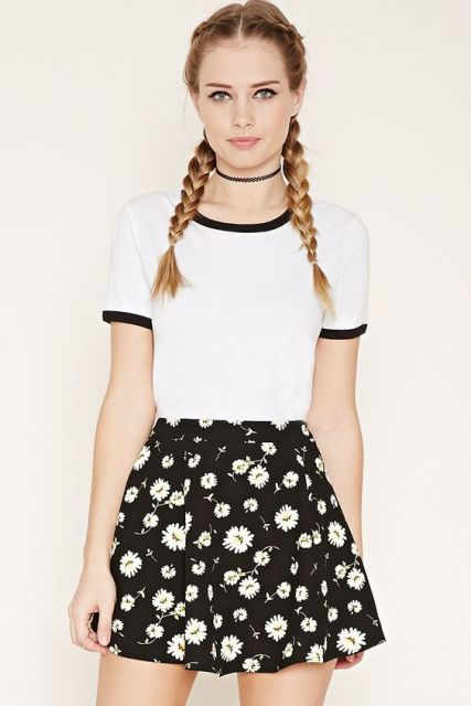 Look with floral skater skirt and t-shirt