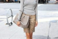 Look with lace skirt and shirt in neutral shades