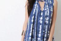 Look with original tie dye dress