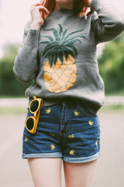 Look with pineapple sweatshirt and shorts