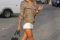 Look with white shorts and animal print blouse