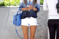 Look with shorts and ombre shirt