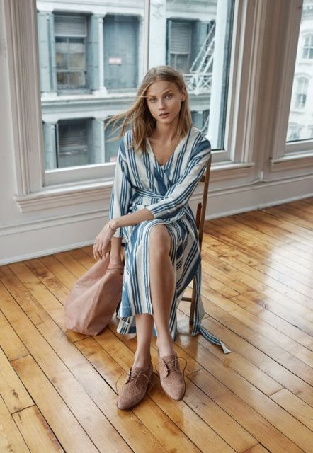 Midi wrap dress outfit
