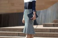 Printed trumpet skirt with high heels