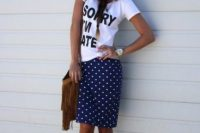 Summer look with polka dot skirt, t-shirt and hat