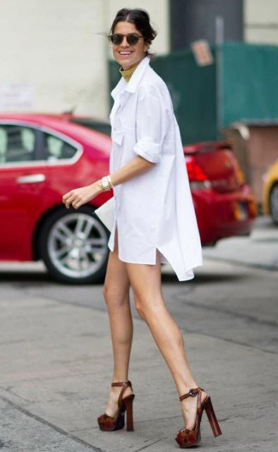 Summer look with white mini shirtdress and high heels