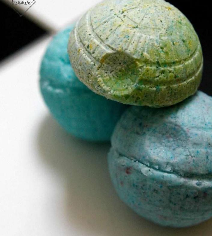 DIY Death Star bath bombs