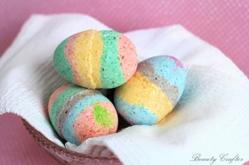 DIY colorful egg bath bombs