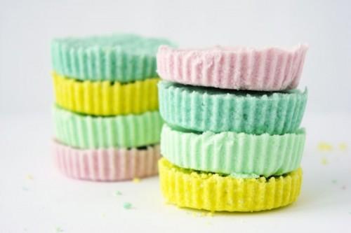 DIY pastel bath bombs to make (via styleoholic)