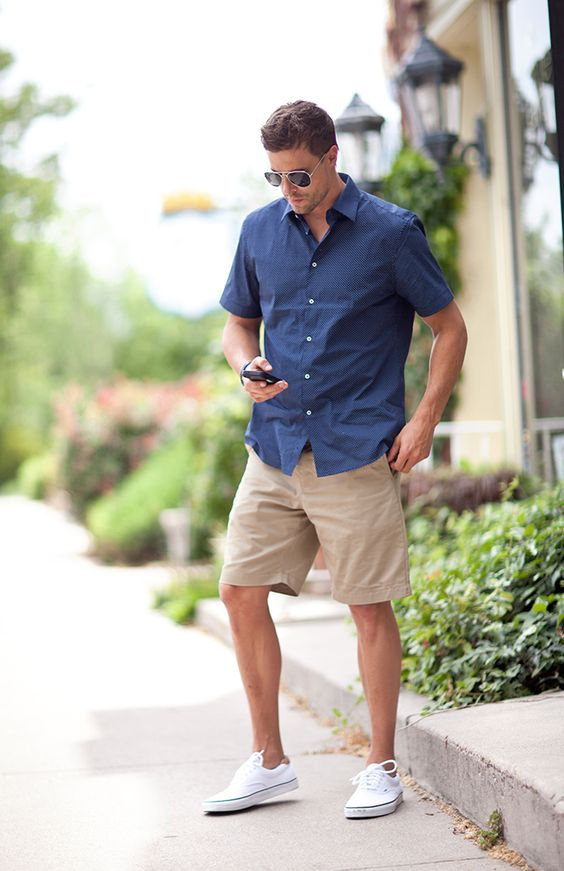 6a7b366c1e 24 Edgy Men Summer Outfits With Vans Sneakers - Styleoholic