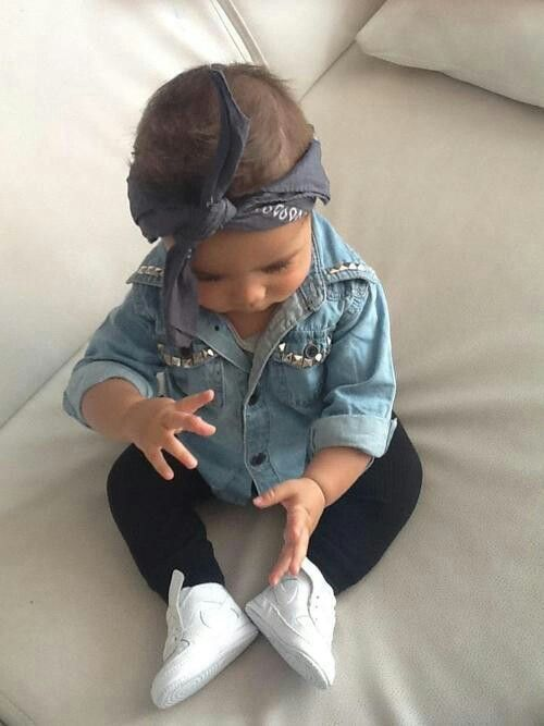 94e0e77b80a 24 Cutest Little Girls  Summer Outfits With Sneakers - Styleoholic