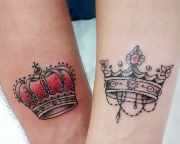 31 crown tattoo ideas that fit royalty styleoholic. Black Bedroom Furniture Sets. Home Design Ideas