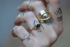 06 multiple finger tattoos