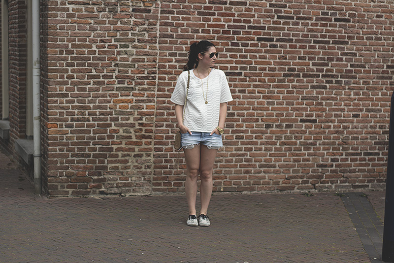 denim shorts, white tee and white Vans