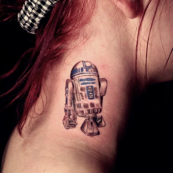 13 R2D2 neck tattoo