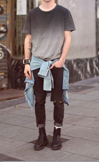17 distressed black jeans, an ombre tee, a denim jacket and black Converse