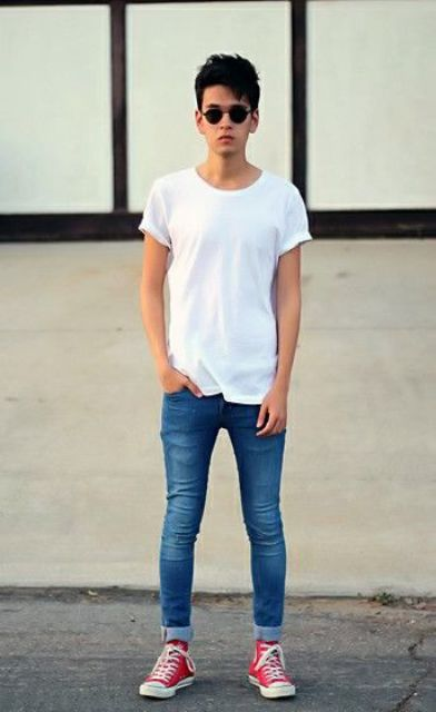 skinny jeans, a white tee and red Converse shoes