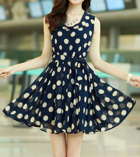 Airy dress with big polka dot print