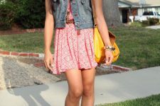 Eye-catching printed mini dress and vest