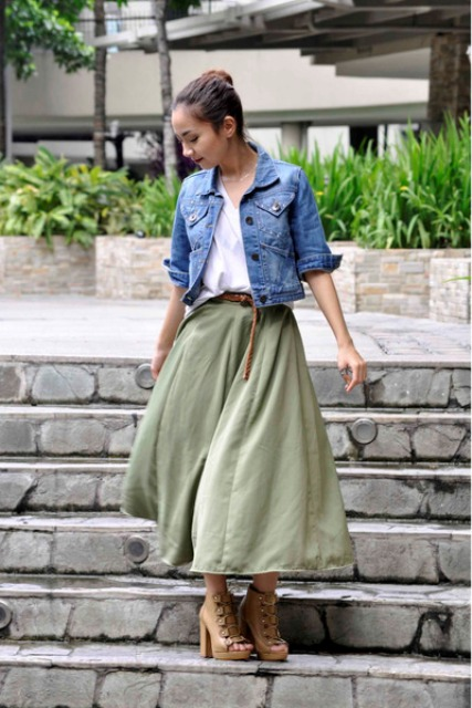 1f26b6ad76 22 Trendy Olive Green Skirt Outfits - Styleoholic