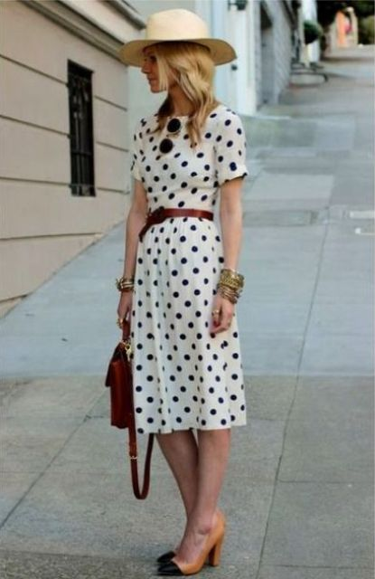 Midi dress with hat and heels