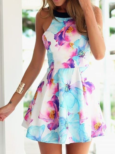 Outfit with floral skater dress